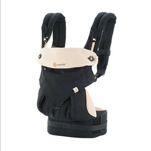 Ergo Baby 360 Black and Camel